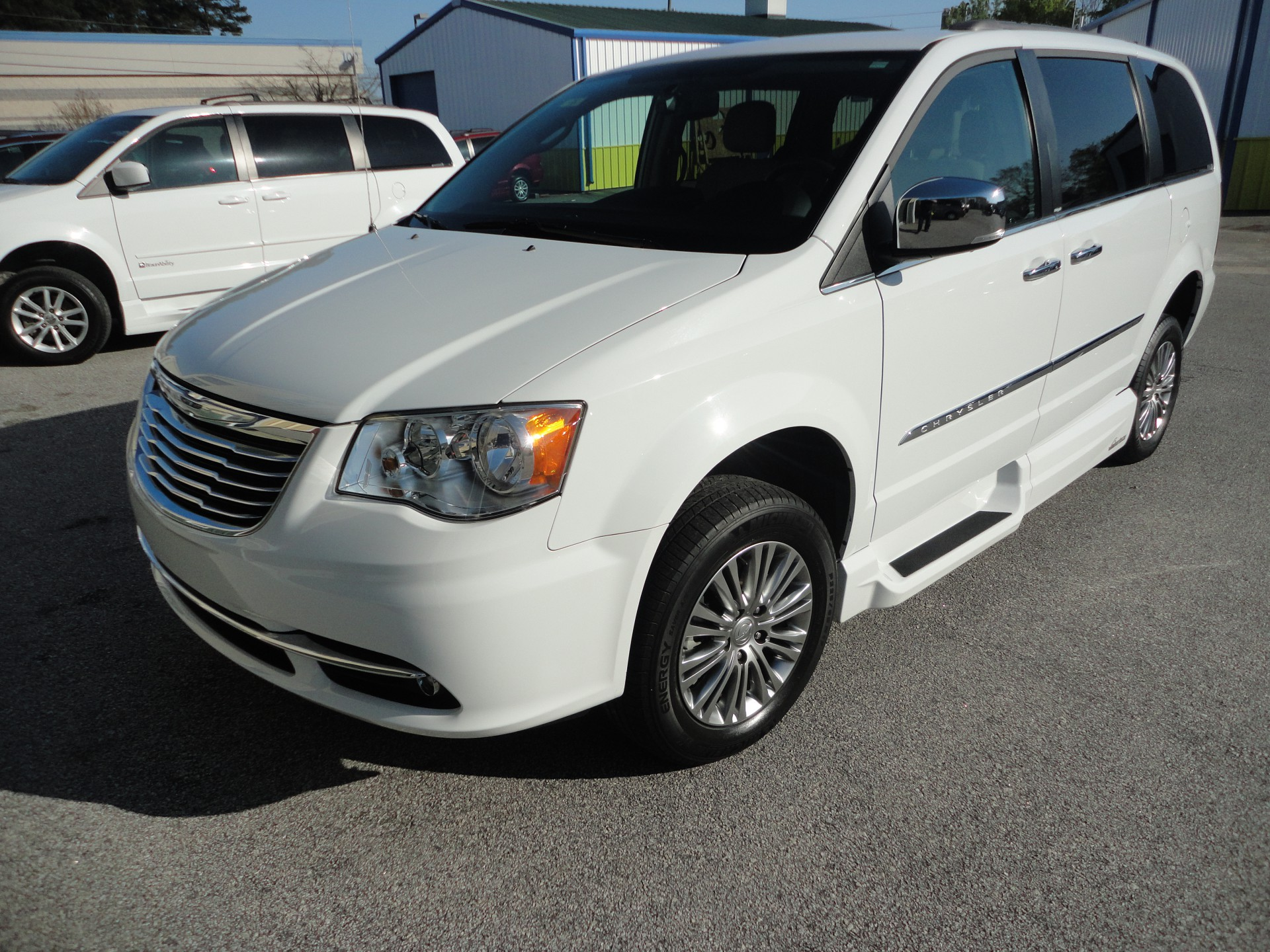 used columbia and for inventory town alberni country port in chrysler british amp sale