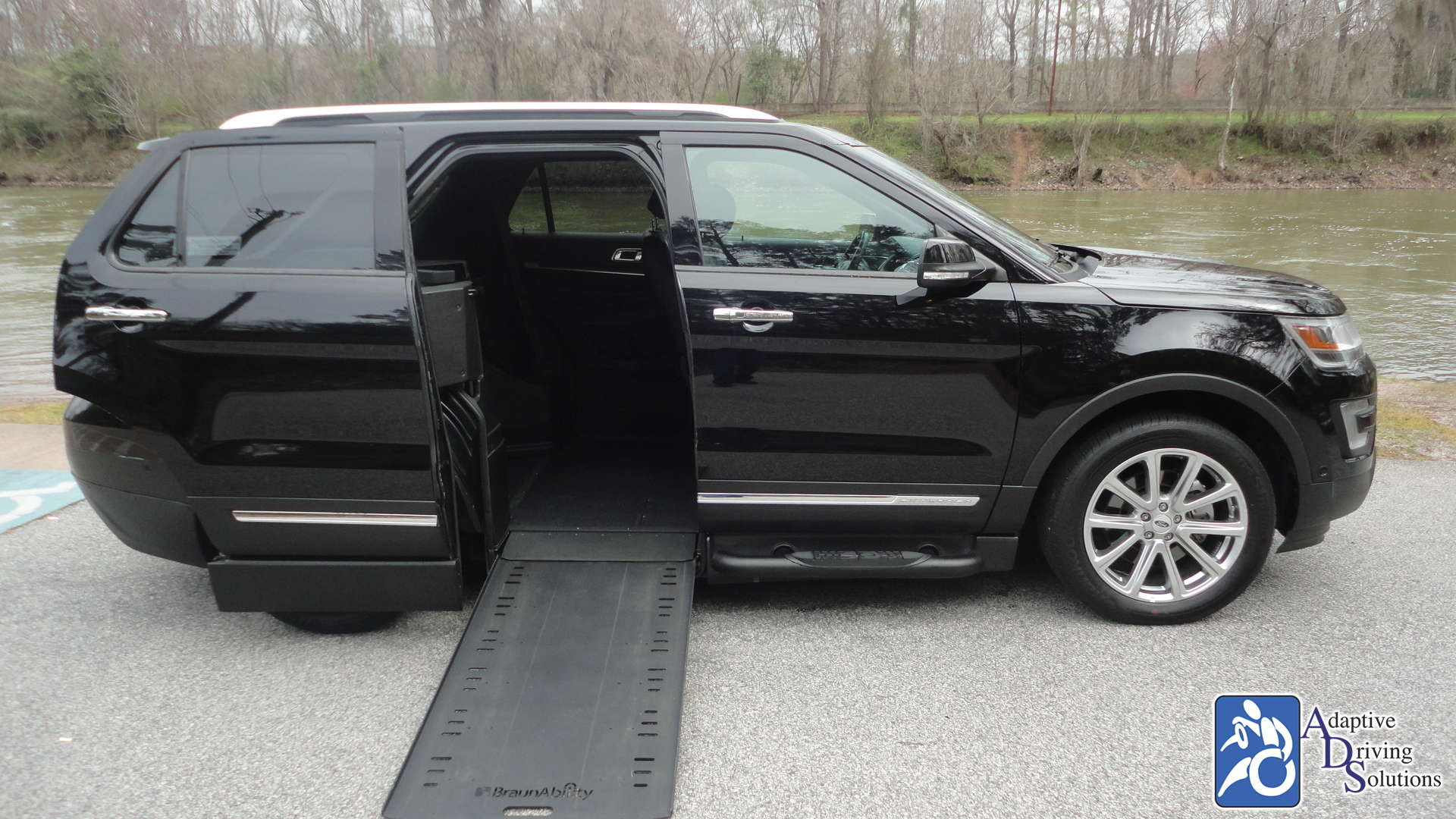 Adaptive Driving Solutions BraunAbility MXV Wheelchair SUV  Gallery Image