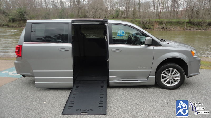 2018 Dodge Grand Caravan BraunAbility Dodge Entervan Xi Infloorwheelchair van for sale