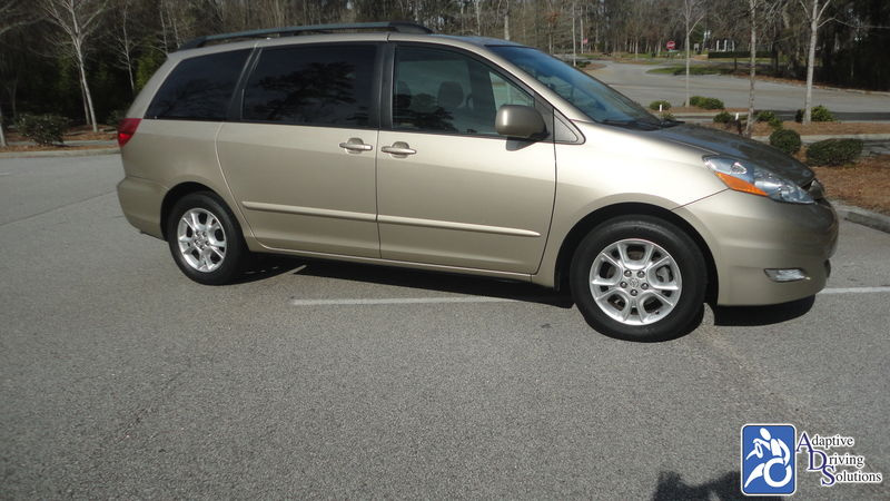 2006 Toyota Sienna Wheelchair Van - Adaptive Driving Solutions